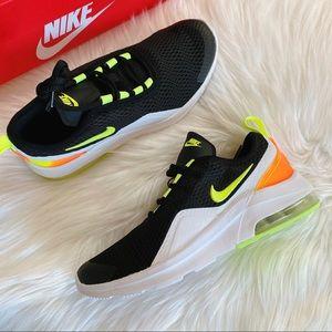 Nike Air Max Motion 2 Sneaker big kid